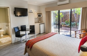 Unit 6 Accessible Twin/Triple Room Vintages Accommodation Margaret River